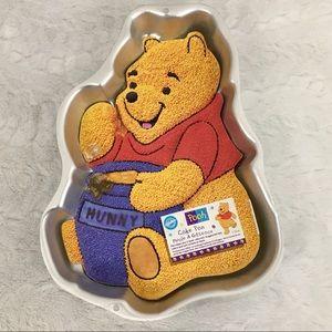 Vintage 1995 Wilton Winnie the Pooh Cakepan